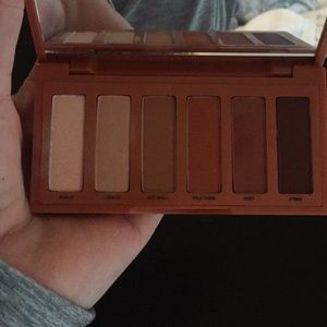 Urban Decay Makeup - Urban Decay Naked Petite Heat Palette